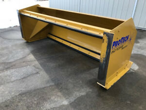 Pro tech Snow Pusher 8 Foot Pull Back It Is In Excellent Condition