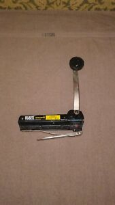 Klein Tools 53725 Auto Clamping Bx And Armored Cable Cutter Like New
