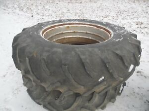 Farmall 1086 Farm Tractor Rear Tires Wheels 18 4x38 no Fluid In Them