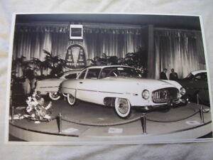 1954 Hudson Italia Show Car On Display 11 X 17 Photo Picture