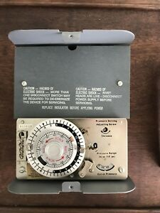 Paragon Defrost Timer Control Pn 8247 0 With Aux Contact 120v