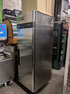 Turbo Air M3r19 1 20 Cuft Reach in Cooler Stainless With Solid Door