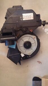 Ford Festiva Heater Box Chamber With Heater Core Blower Motor And Resistor