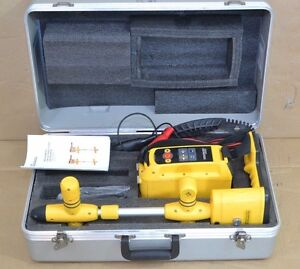 Vivax Metrotech Vm 810 Pipe Cable Locator Vm 810 With Case Complete Unit