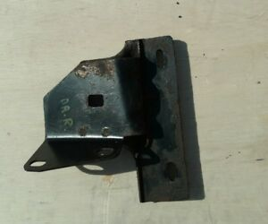 Jeep Grand Cherokee Overland Dr Left Rocker Bracket Rear Oem 1999 2004