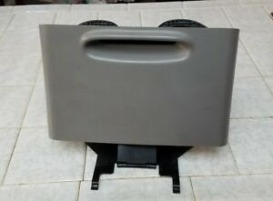 1997 2002 Ford Expedition Navigator Rear Center Console Cup Holder Oem Gray