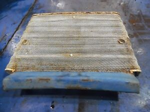 Ford 4000 3 Cylinder Gas Farm Tractor Lower Grill Insert