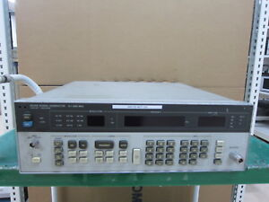 Hp agilent_8656b 990 Mhz Signal Generator for Parts Or Not Working