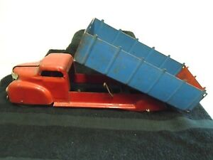 Vintage 1940 s Louix Marx Lumar Pressed Steel Toy Dump Truck Hobby Red blue