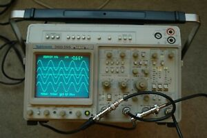 Tektronix 2465dvs Ct 300 Mhz Oscilloscope Calibrated Sn B041889