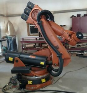 Kuka Kr210 2k With 7th Axis Rotary Ed05 Control Windows Xp Excellent Cond