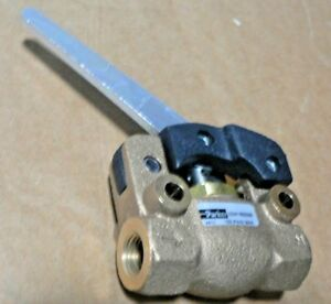 Parker Hannifin 3 Way Valve With Handle 034180099 4411 150 Psig