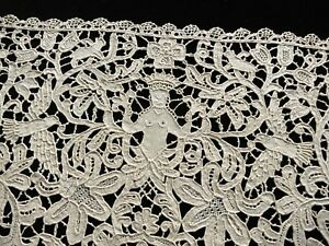 Placemat Handmade Antique Point Venise Lace Figural Birds Creatures Foliage 2