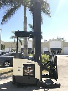 2007 Crown Electric Reach Truck Rr5225 45 Stand up Narrow Aisle Dockstocker