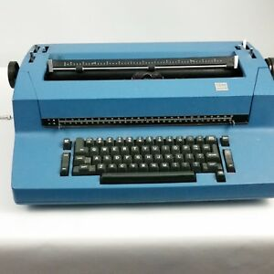Vintage Blue Ibm Correcting Selectric Ii Electric Business Typewriter For Parts