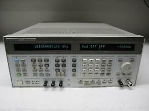 Agilent Hp 8644b High performance Signal Generator 0 26 Khz 2060 Mhz Opt 002