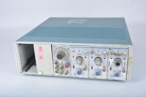As Is Tektronix Tm506 6 slot Module Mainframe With Modules Fg 501 Am 503