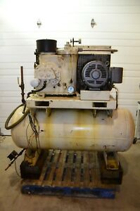 Ingersoll Rand U30h sp 30 Hp Rotary Screw Air Compressor 3ph 150 Gallon 125 Psi