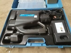 T b Tbm14bscr Thomas Betts Battery Operated Hydraulic Crimping Tool
