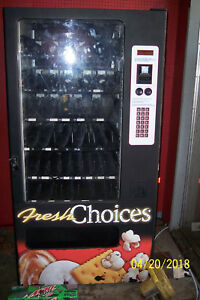 Nice Condition Snack Machine Takes Dollars Or Coins Easy To Program