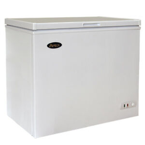 Atosa Mwf9007 7 Cu Ft Solid Top Chest Freezer W White Coated Exterior