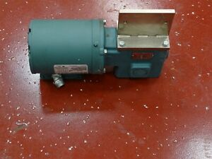 Reliance P56x3900v Electric Motor 1 2hp 3ph W Tigear Reducer 0175b020m056k1