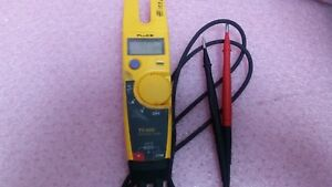 Fluke T5 600 Voltage Continuity And Current Electrical Tester