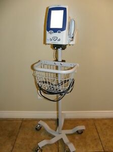 Welch Allyn Spot Lxi 45ne0 Vital Signs Patient Monitor With Rolling Stand