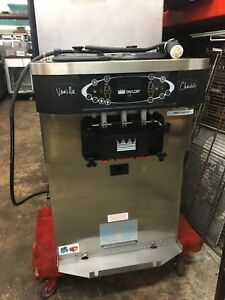Taylor C723 27 m6 Frozen Yogurt Machine used Great Condition