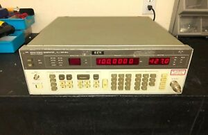 Hp agilent 8656a 001 Synthesized Signal Generator 0 1 To 990 Mhz Opt 001
