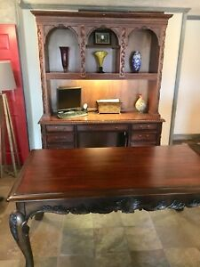 Executive Ornate Desk With Ornate Hutch Both Are In Great Shape Local Pickup