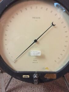 Heise H24937 Pressure Gauge 60 Psi With Stand Tested