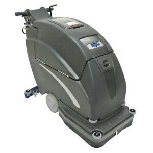 Diamond Products Crown Gs20 20 Auto Scrubber Traction Drive W 215 Ah Batteries