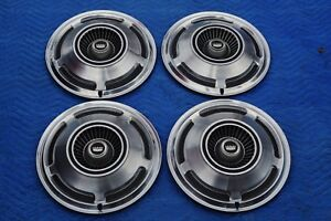 1970 Ford Fairlaine Galaxy 500 Falcon Hubcaps Set 15 Excellent