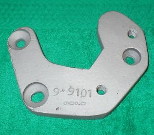 1966 1973 Ford Mustang Cougar Mr Gasket Toploader 4 Speed Shifter Bracket 9020
