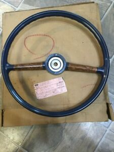 Nos 1977 Ford Courier Truck Deluxe Steering Wheel D77z 3600 E