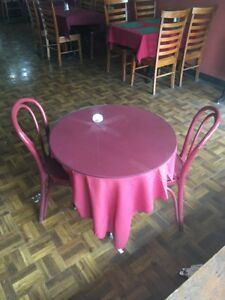 Small Round Table With Two Chairs And Glass Topper restaurant Furniture