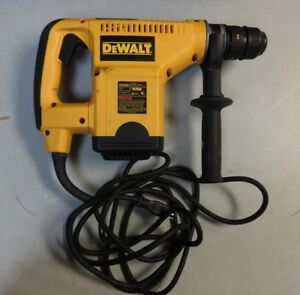 Dewalt D25404 1 1 8 Sds Rotary Hammer Drill Drilling 1 2 Price Drop Look