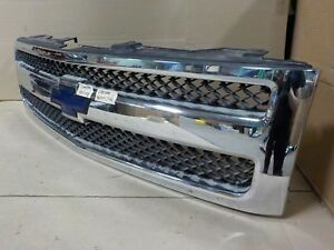Oem Chrome Trim With Emblem Chevy Silverado 1500 07 13 Grill Grille my3151