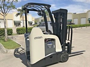 2010 Crown Electric Forklift Dockstocker Narrow Aisle Stand Up Rc5520 30