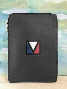 530 Louis Vuitton Black V Line Leather Pocket Organizer Mens Day Planner Agenda