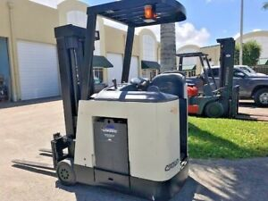 2006 Crown Electric Forklift Dockstocker Narrow Aisle Stand Up Rc3000