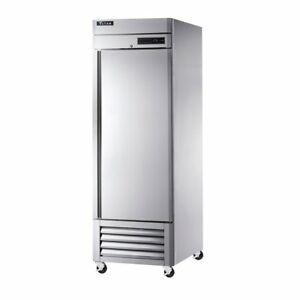 Titan Tif23 bm Bottom Mount Upright Reach In Freezer 1 Door