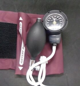 Welch Allyn 5090 41 Pocket Blood Pressure Gauge With Large Adult Cuff
