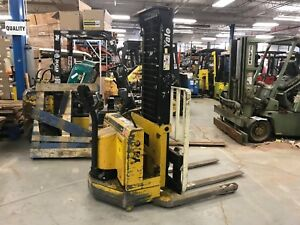 2000 Yale 3000 Pound Walkie Straddle Stacker Budget Forklift we Will Ship