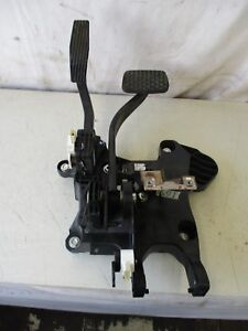 2015 Chevy Sonic Ltz 1 4l 4 Cyl Fwd Oem Gas Accelerator Brake Pedal Assembly