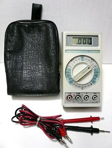 Beckman 3010 Multimeter Leads Case Checks Volts Amp Ohms Great Condition Usa
