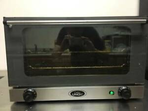 Cadco Unox Ov 350 Tabletop Convection Oven