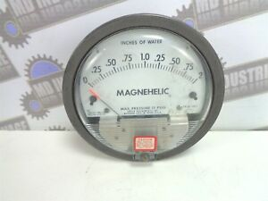 Dwyer Magnehelic Differential Pressure Gauge 0 2 2002 15 Psig