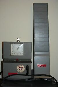 Lathem Time Recording Machine Clock Manual Punch Clock Key Included Card Holder